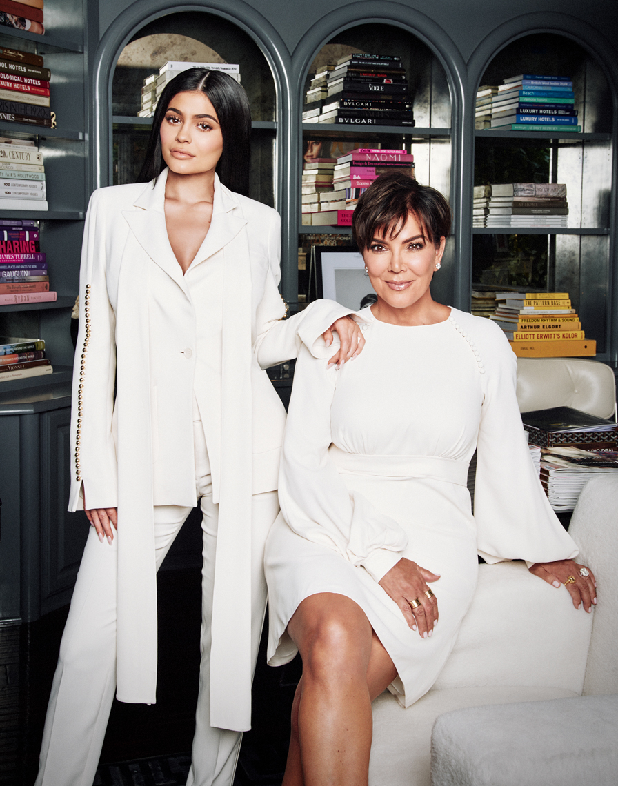 KRIS_AND_KYLIE_JENNER_RAINER_HOSCH_S2_057_FINAL
